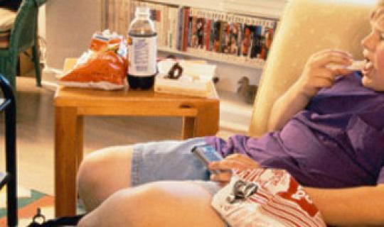 Kleine kinderen eten gezondere snacks dan tieners