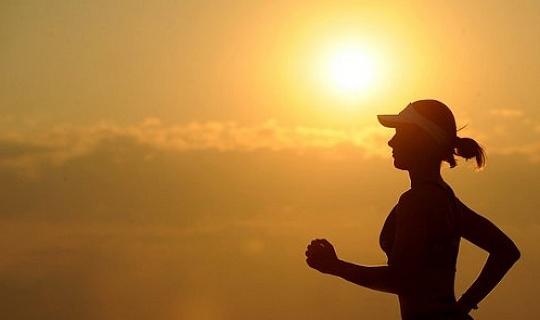 แม้แต่ในพื้นที่ที่มีมลภาวะก็ยังดีต่อสุขภาพมากกว่าการออกกำลังกาย