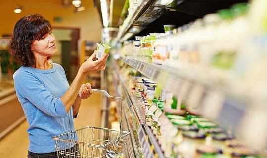 Vanligt, grekiskt, lågt fett? Hur man väljer en hälsosam yoghurt