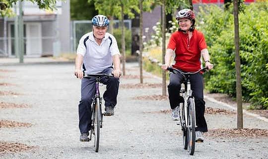كم من النشاط البدني يكفي في سن الشيخوخة؟