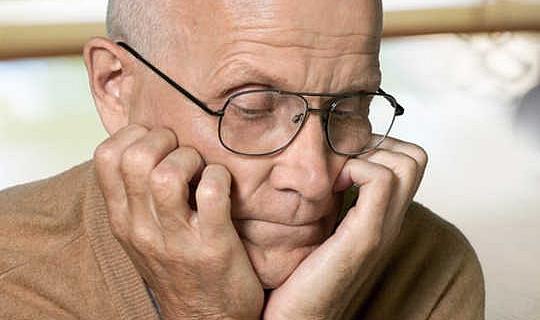 Ska jag bli testad för Alzheimers risk?