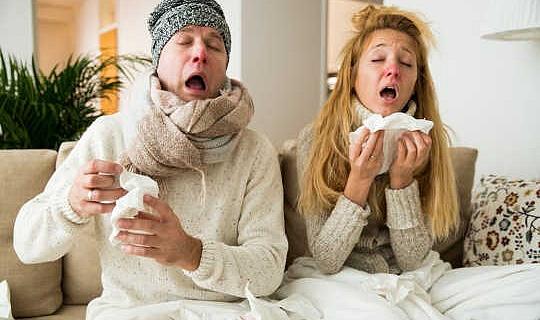 Halsschmerzen, Husten und Schleim - alles, was Sie über Ihre schreckliche Erkältung wissen müssen