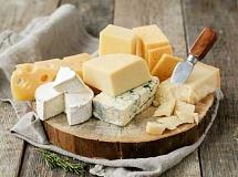 Warum Käse helfen kann, Ihren Blutzucker zu kontrollieren