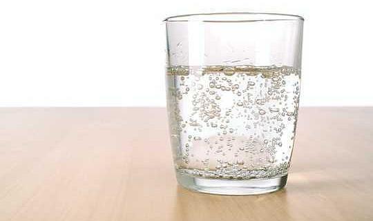 هل مياه سيلتزر صحية؟