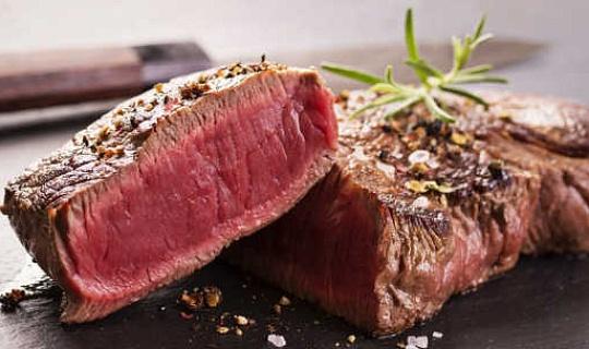विचार करने पर विचार करने के लिए चीजें हमें लाल मांस खाने चाहिए या नहीं