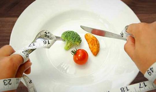 धुनी आहार के बिना वजन कम के लिए छह नुस्खे