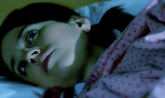 iSleep समस्याएं मानसिक बीमारी का एक लूप भी बना सकती हैं। एलिसा एल। मिलर / फ़्लिकर, सीसी बाय