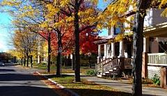 Les idées ci-dessous proviennent du Great Neighborhood Book, une collaboration entre Jay Walljasper, Senior Fellow de l'OTC et Project for Public Spaces. Walljasper est un conférencier basé à Minneapolis et consultant sur la façon de renforcer les communautés.
