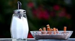 Waarom vind ek 'n ware alternatief vir suiker is so moeilik