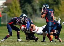 शुरुआती बाक़ी फुटबॉल शुरू करने से पहले मस्तिष्क की समस्याओं के लिए खिलाड़ी सेट अप करते हैं