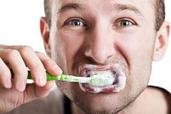 Ein allgemeines antimikrobielles in der Zahnpasta und in anderen Produkten, verbunden mit Entzündung und Krebs