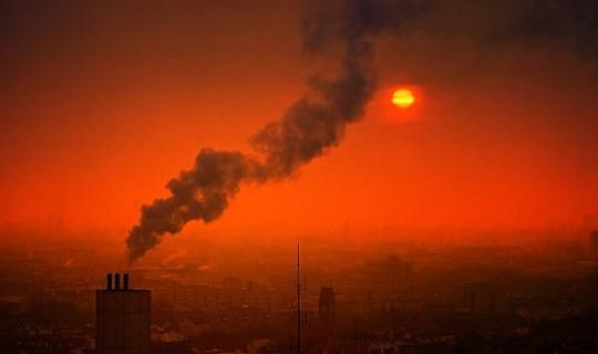Por qué los recortes drásticos en la contaminación del aire de la ciudad podrían extender la vida útil