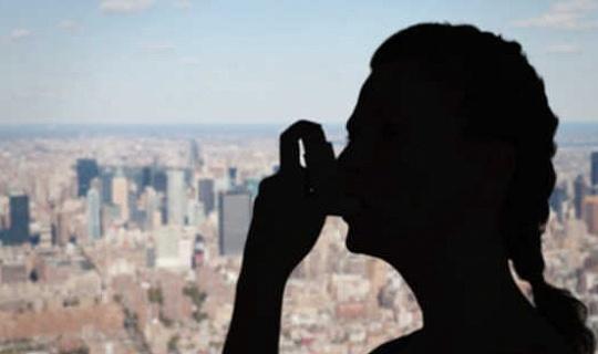 Lei lugbesoedeling tot meer onetiese gedrag?