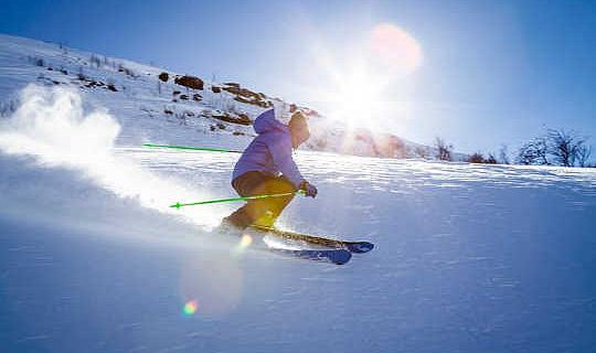 Cómo hacer que el esquí de invierno se ajuste y evitar una lesión