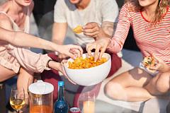 Bakit ang Snacking Maaaring Makasira sa iyong Kalusugan