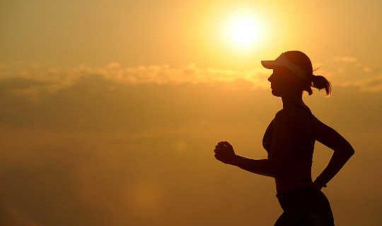 6-sätt att säkert träna i extremt varmt väder