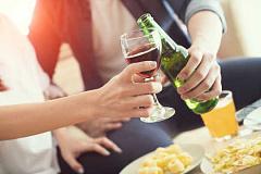 ¿Necesitamos preocuparnos por el glifosato en nuestra cerveza y vino?