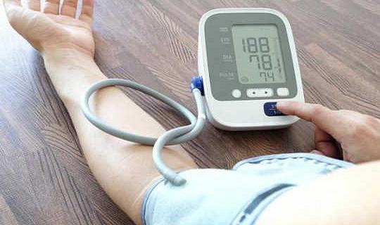 愛に対する思いがストレスに対する血圧をどのように緩和するか