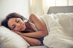 ¿Por qué debería dejar de comprar vitaminas y dormir más en su lugar?