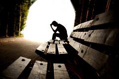 ¿Por qué está aumentando el suicidio en los Estados Unidos, pero cayendo en la mayor parte de Europa?