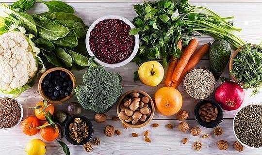 هل تناول بعض الأطعمة يجعلك أكثر ذكاءً؟