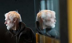 Kenapa Tidak Mempunyai Evolusi Dengan Penuaan Tidak Berpengalaman?