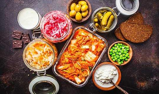 Hoe gefermenteerde voedsel skadelik vir u gesondheid kan wees