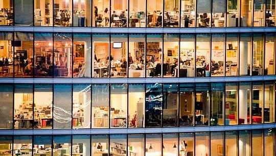 Les avantages psychologiques de travailler moins