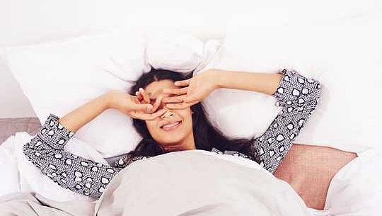خواتین کی ہڈی کثافت کے لئے بہت کم نیند خراب ہوسکتی ہے