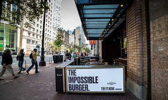 Wat maak die onmoontlike Burger lyk en proe soos Real Beef?