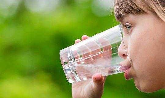 जल फ्लोराइडेशन के बारे में 4 मिथक
