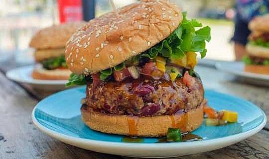 Et Bitkilerini Açık Tutmak Neden Yiyecek Eksikliği İçin Et Kıtlığı