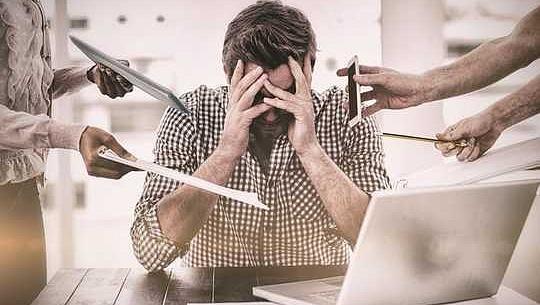 كيفية الحد من التوتر في العمل ومنع الإرهاق