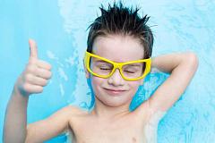 Deja de orinar en la piscina. El cloro no funciona como crees
