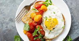 Nuwe bewyse stel voor dat ons minder eiers moet eet