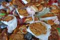 Bakit ang mga Lalaking Mga Mag-aaral sa Kolehiyo ay Pumunta Para sa Salty, Greasy Food