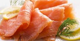 लिस्टरिया क्या है और यह स्मोक्ड सैल्मन में कैसे फैलता है