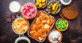 कैसे किण्वित खाद्य पदार्थ आपके स्वास्थ्य के लिए हानिकारक हो सकते हैं