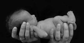 गर्भवती महिलाओं को एंटीबायोटिक्स देने से दुश्मनों के फेफड़ों को नुकसान पहुंच सकता है