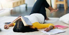 5 چیزیں کالج کے طلبا کو اپنی فلاح و بہبود کے لئے کسی منصوبے میں شامل کرنا چاہ.