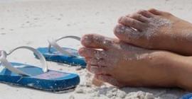 समुद्र तट पर विश्राम
